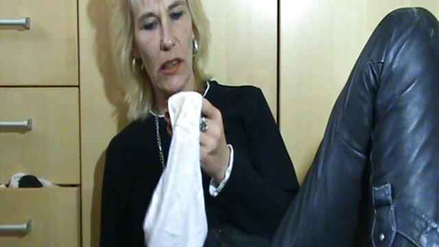 面接汚い仕事のための若い秘書女の子 女の子 の 無料 av