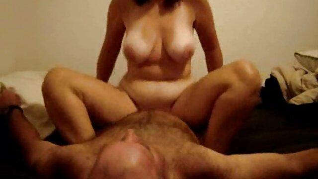 顔面騎乗ポルノ